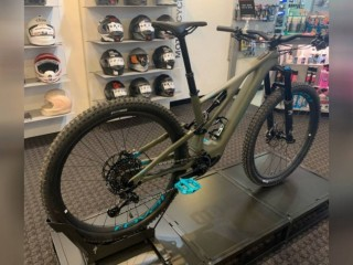 New 2020 Specialized Turbo Levo Expert Carbon