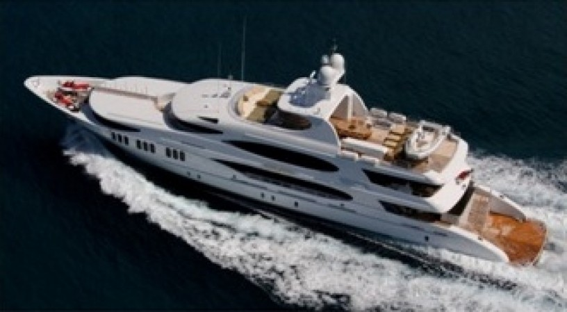 bahamas-motor-yacht-charter-big-0